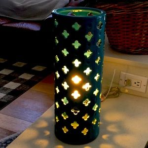 Moroccan style porcelain table lamp